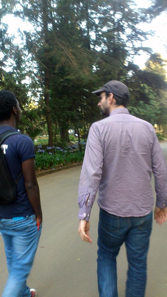 Sami und Tom, Uni Addis